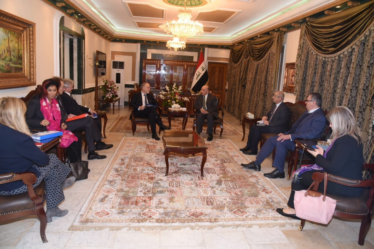 Deputy Prime Minister for Economic Affairs and Minister of Finance receives a delegation from the European Union 12c5f3b4-221b-447d-a33f-e13d8a743623