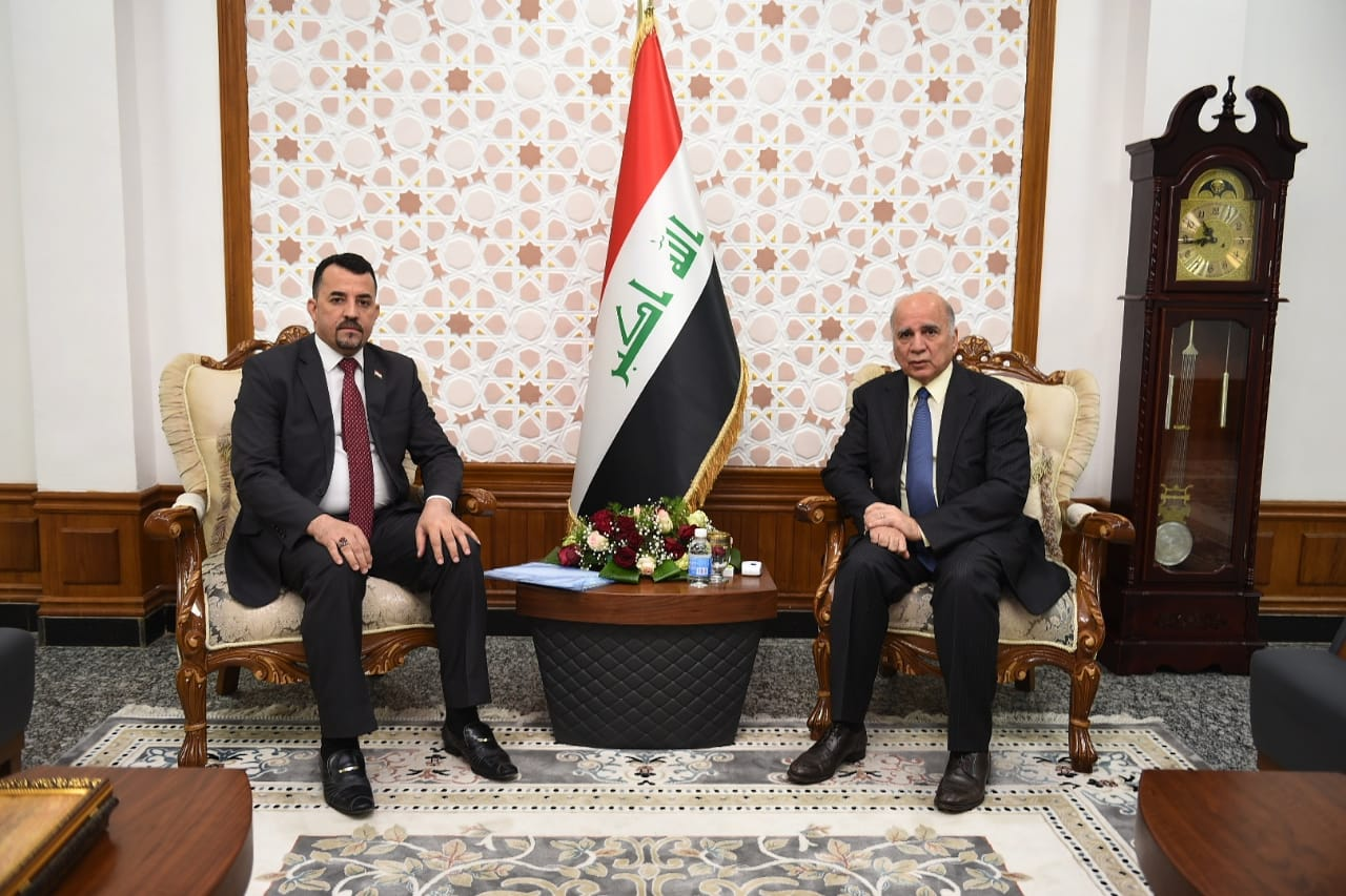 Deputy Prime Minister for Economic Affairs and Finance Minister Fouad Hussein receives MP Burhan al-Maamouri, member of the House of Representatives for Diyala province 76491e92-bcec-47ca-b6c0-423c7ad733c3