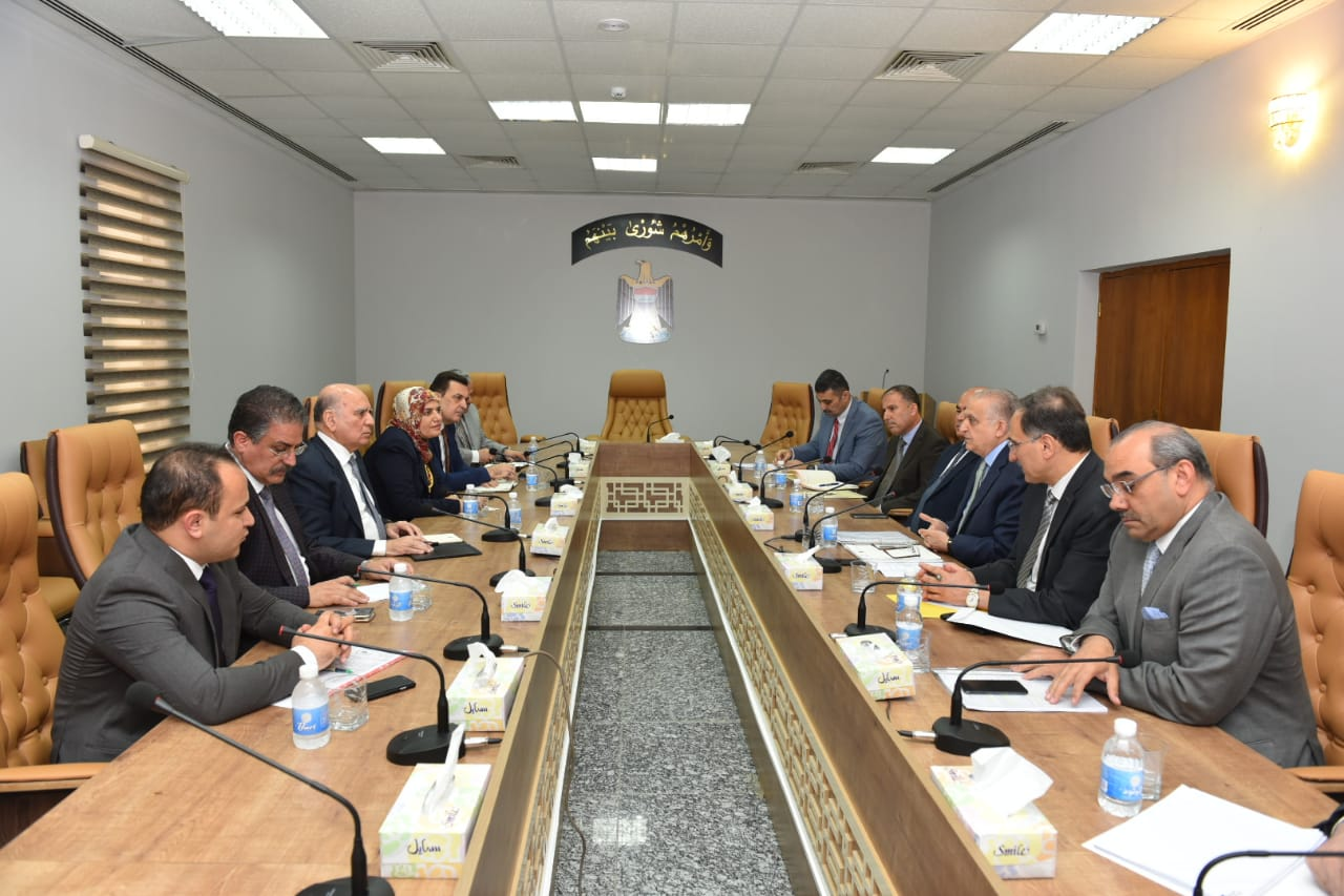 Deputy Prime Minister for Economic Affairs Minister of Finance receives Foreign Minister Mohammed Ali Al-Hakim 79c3cc31-17e4-487c-9c12-ab4379db405f