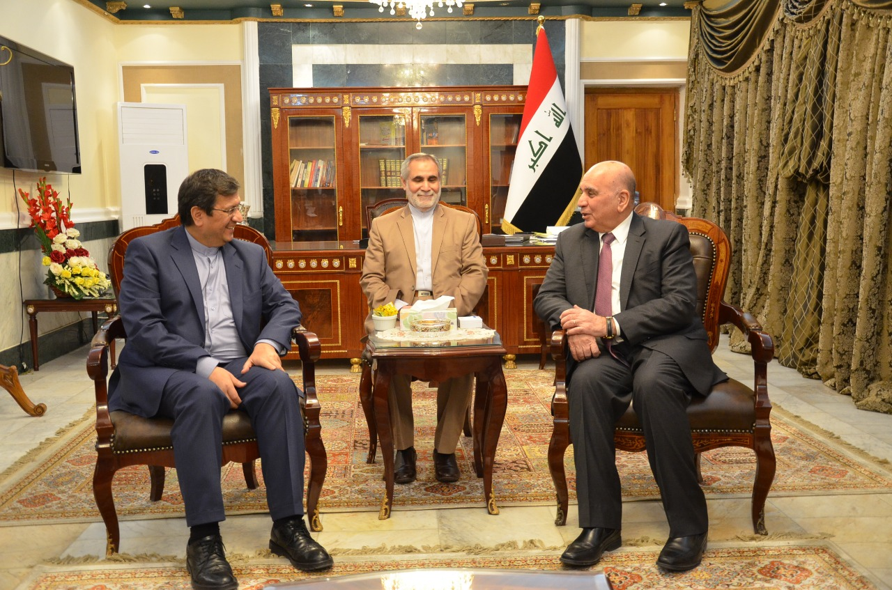 Signing an agreement concerning the mechanism of financial payment between Iraq and Iran IMG-20190206-WA0005