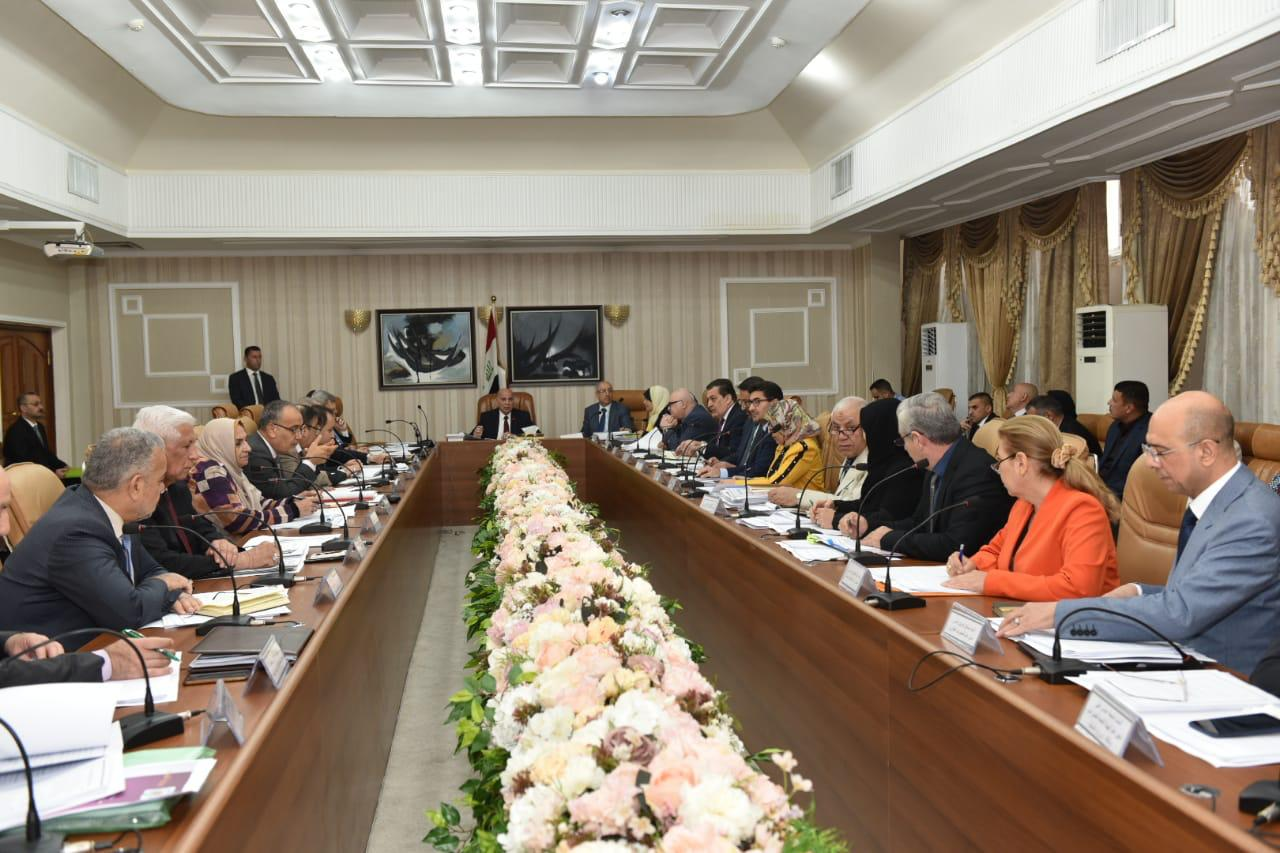 Deputy Prime Minister for Economic Affairs and Minister of Finance chairs the fourth meeting to prepare the strategy of the State Budget 2020-2022 ONRO9684