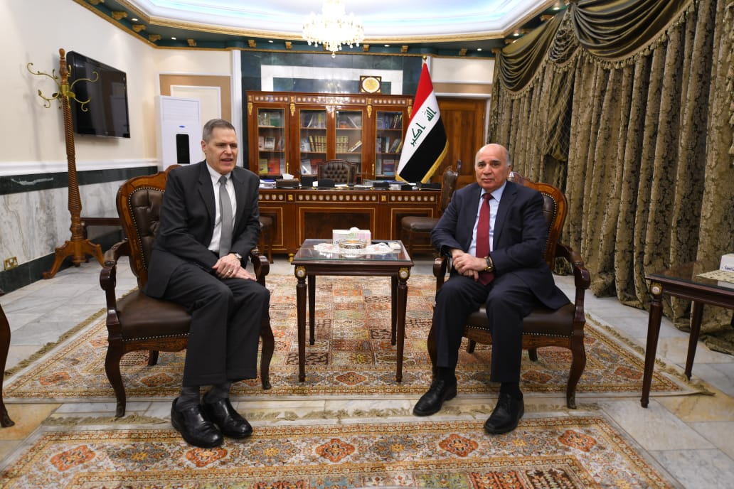 Deputy Prime Minister and Minister of Finance meets the United States Ambassador in Baghdad D4b5d8bf-f581-461b-9876-be28a143b7cf