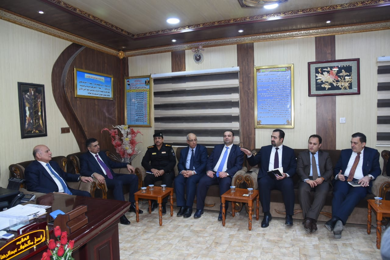 Deputy Prime Minister for Economic Affairs and Minister of Finance Mr. Fouad Hussein visits the province of Basra and meet members of the local government and dignitaries Indexff